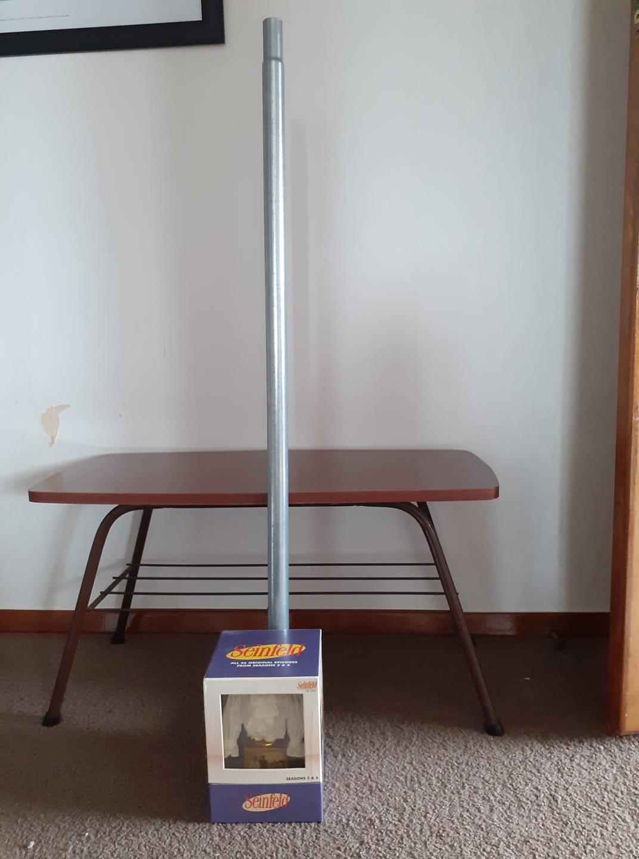 Jolly Ashley Festivus Pole